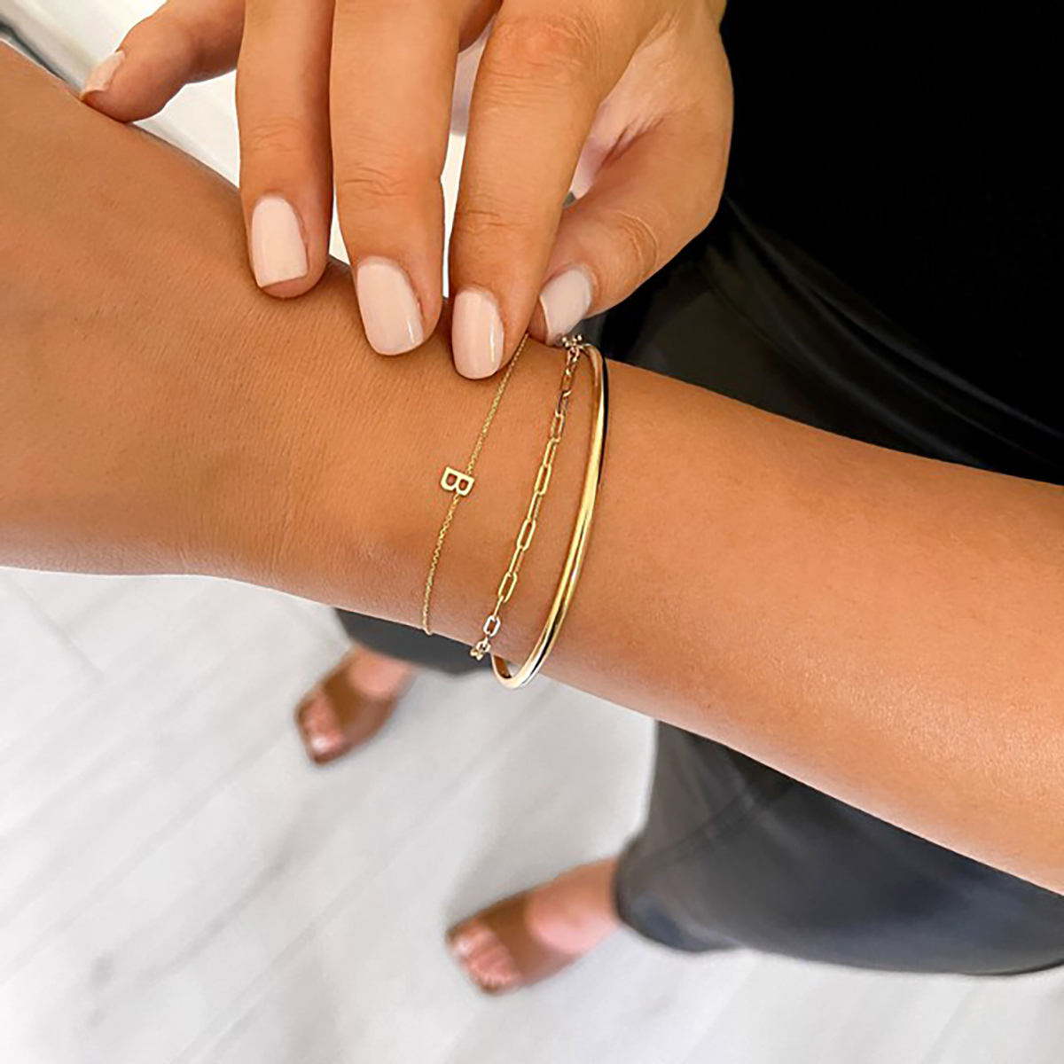 Soleil Collection Plain Bangle | 9K Yellow Gold